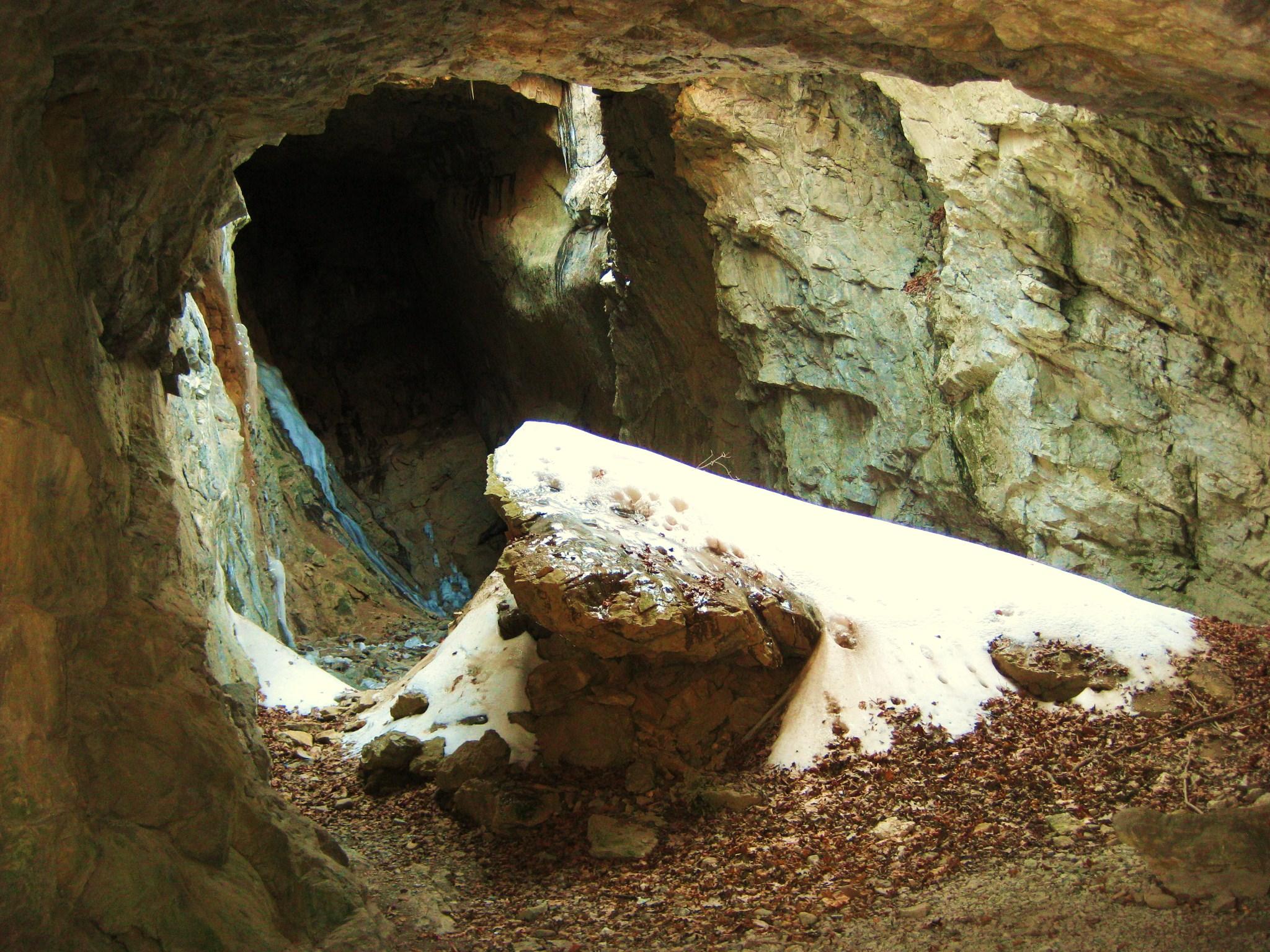 wilbur-cave